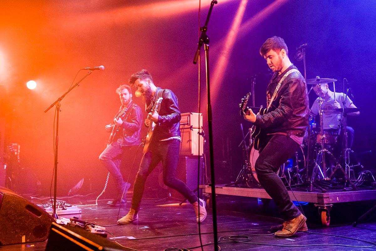 The Harts Industry en concert